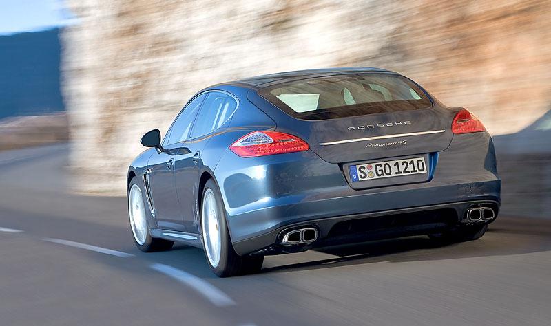 Porsche Panamera má za sebou světovou premiéru: - fotka 42