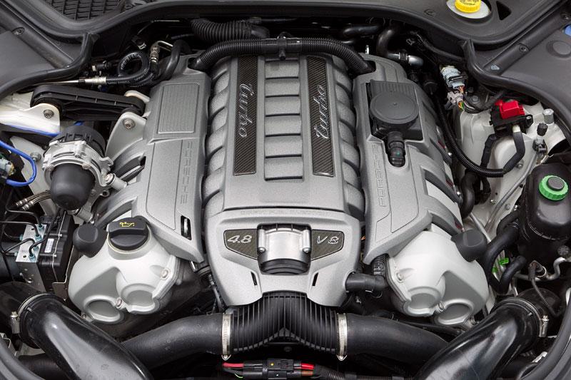 Porsche má nový individualizační program pro liftback Panamera: - fotka 4