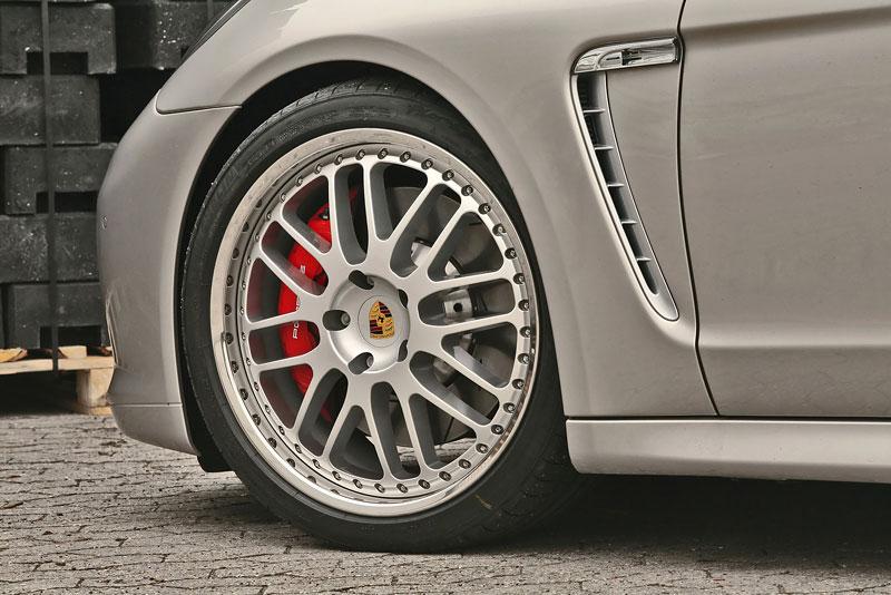 Porsche Panamera Turbo: více síly a nová kola od MCCHIP: - fotka 7