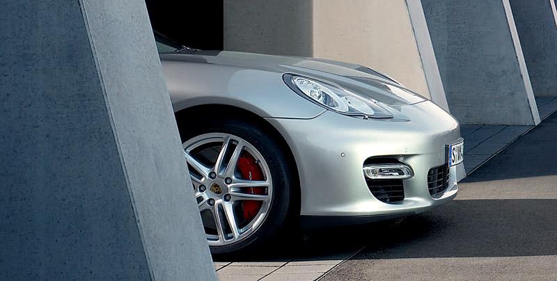 Panamera je zřejmě novým nejrychlejším sedanem Nordschleife: - fotka 136