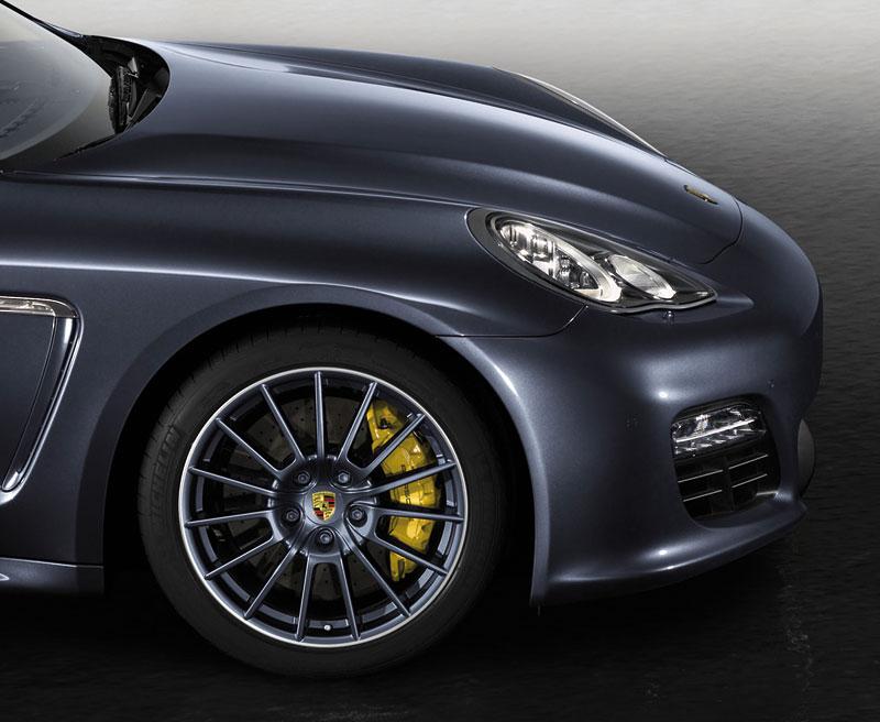 Porsche má nový individualizační program pro liftback Panamera: - fotka 6
