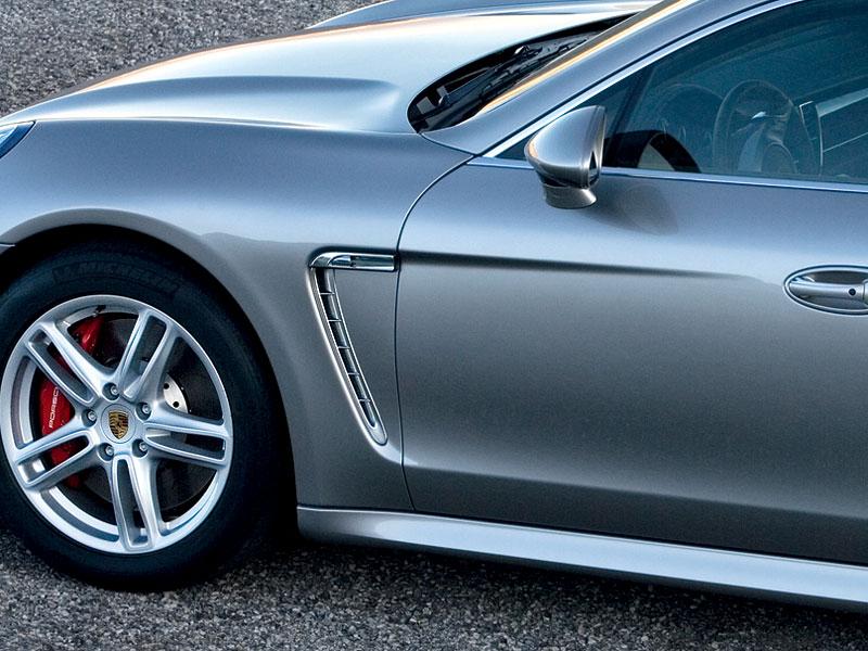 Porsche Panamera má za sebou světovou premiéru: - fotka 48