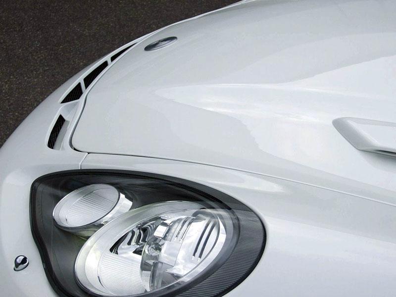 FAB Design Porsche Panamera: extrémní úprava ze Švýcarska: - fotka 21