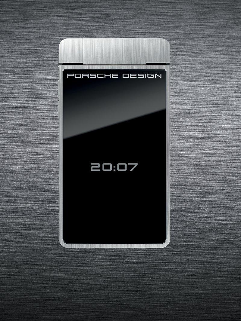 Porsche už navrhuje i mobily. První pecka v Česku: - fotka 2