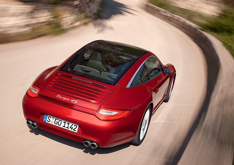 Porsche 911 Targa facelift - další variace známého: - fotka 5
