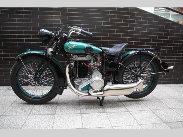 Československá motorka Praga BD 500 byla ve své době špička. Jednu teď můžete mít: - fotka 1