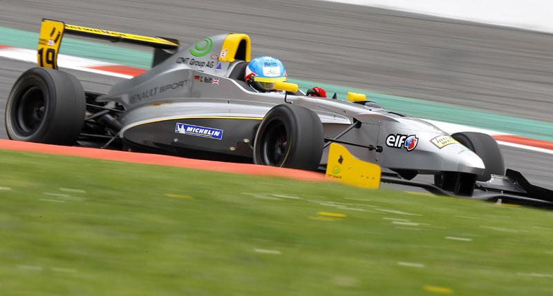 Závodní víkend World Series by Renault míří poprvé do České republiky!: - fotka 11
