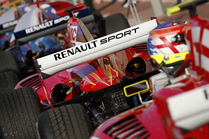 Závodní víkend World Series by Renault míří poprvé do České republiky!: - fotka 35