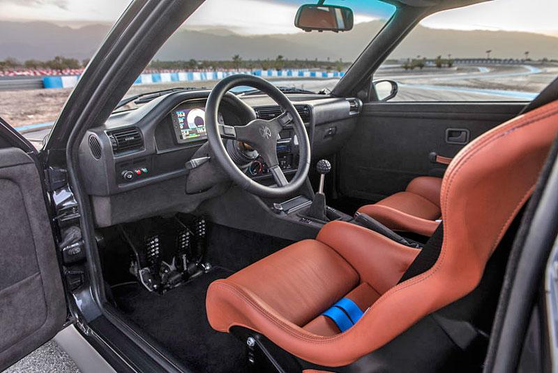 Německá firma vám z BMW E30 M3 udělá prakticky nové auto. Výsledek je úžasný: - fotka 1