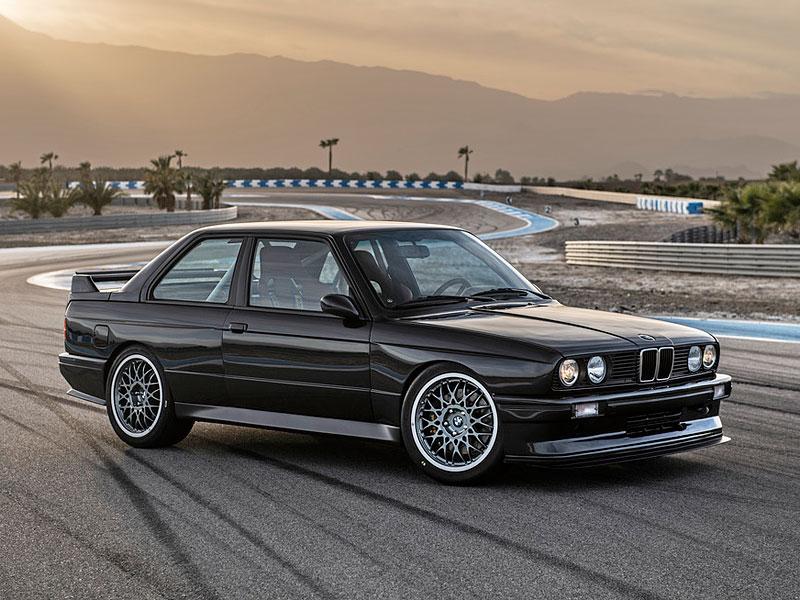 Německá firma vám z BMW E30 M3 udělá prakticky nové auto. Výsledek je úžasný: - fotka 6