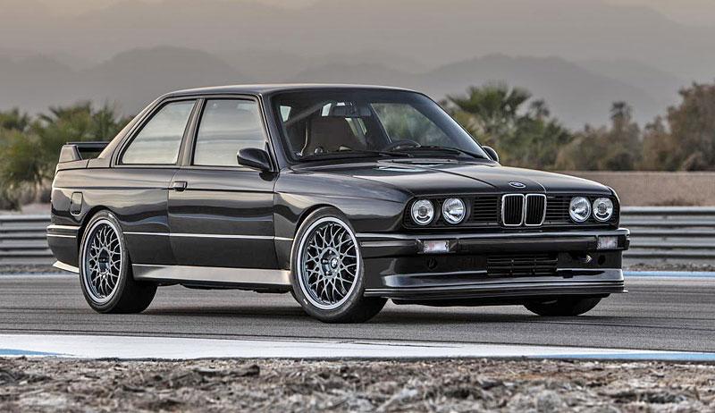 Německá firma vám z BMW E30 M3 udělá prakticky nové auto. Výsledek je úžasný: - fotka 7