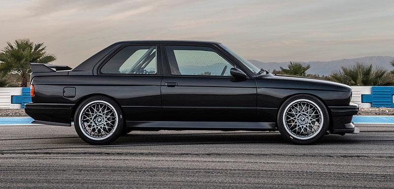 Německá firma vám z BMW E30 M3 udělá prakticky nové auto. Výsledek je úžasný: - fotka 8