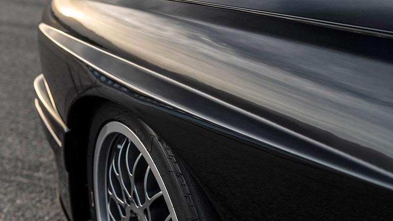 Německá firma vám z BMW E30 M3 udělá prakticky nové auto. Výsledek je úžasný: - fotka 13