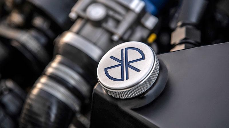 Německá firma vám z BMW E30 M3 udělá prakticky nové auto. Výsledek je úžasný: - fotka 15