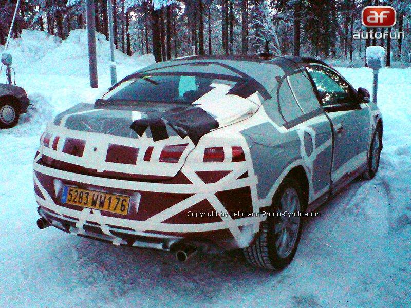 Spy photos: Renault Laguna Coupé – Zimní soustředění: - fotka 1