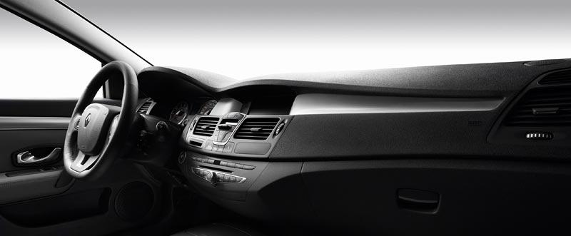 Renault Laguna Coupe přichází na český trh: - fotka 1