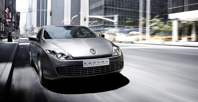 Renault Laguna Coupe přichází na český trh: - fotka 34
