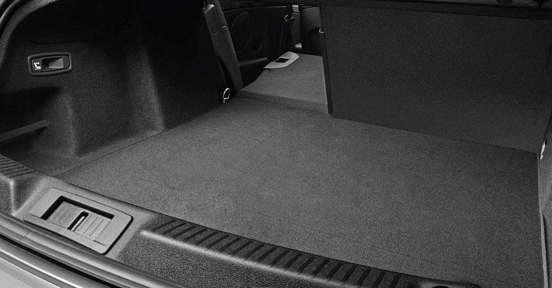 Renault Laguna Coupe přichází na český trh: - fotka 60
