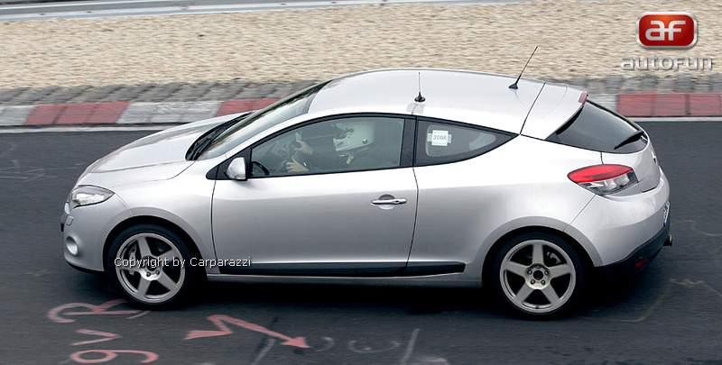 Spy Photos: Megane Coupe Renault Sport: - fotka 5
