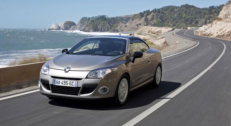 Renault Mégane CC: když střecha, tak skleněná (podrobnější informace a velká fotogalerie): - fotka 30