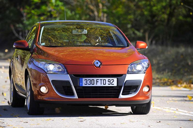 Za volantem: Renault Mégane Coupé: - fotka 9