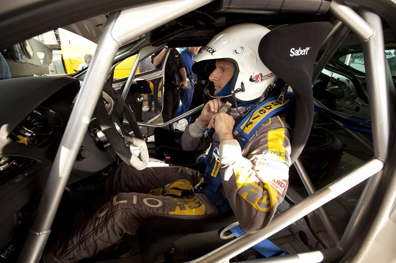 Renault představuje Megane RS v rallyové specifikaci N4: - fotka 4