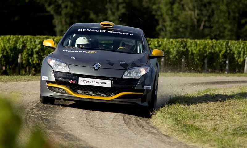 Renault představuje Megane RS v rallyové specifikaci N4: - fotka 15