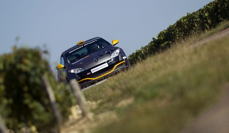 Renault představuje Megane RS v rallyové specifikaci N4: - fotka 19