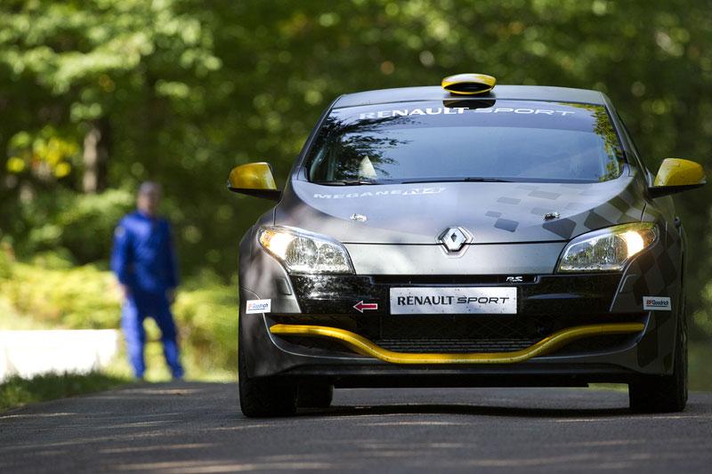 Renault představuje Megane RS v rallyové specifikaci N4: - fotka 20