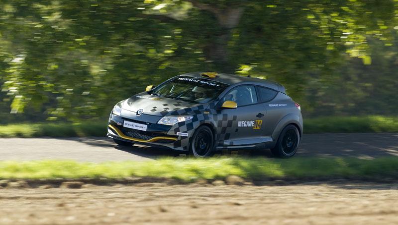 Renault představuje Megane RS v rallyové specifikaci N4: - fotka 29