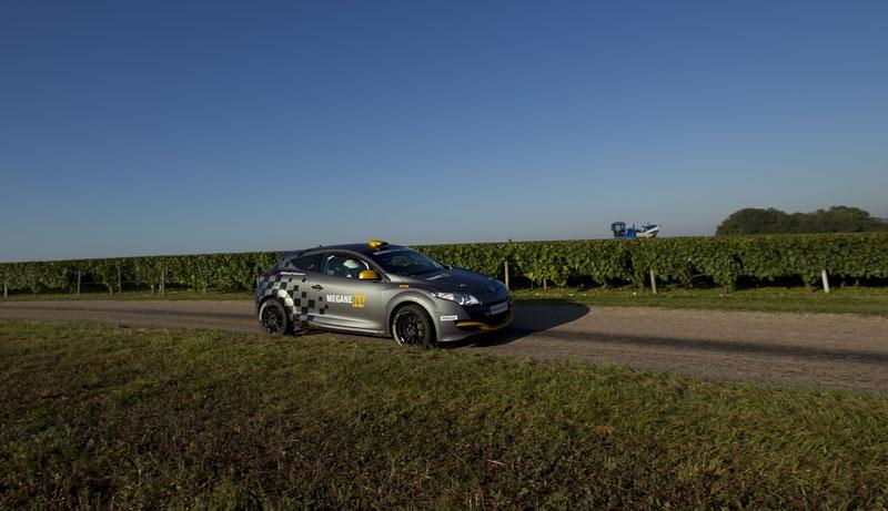 Renault představuje Megane RS v rallyové specifikaci N4: - fotka 33