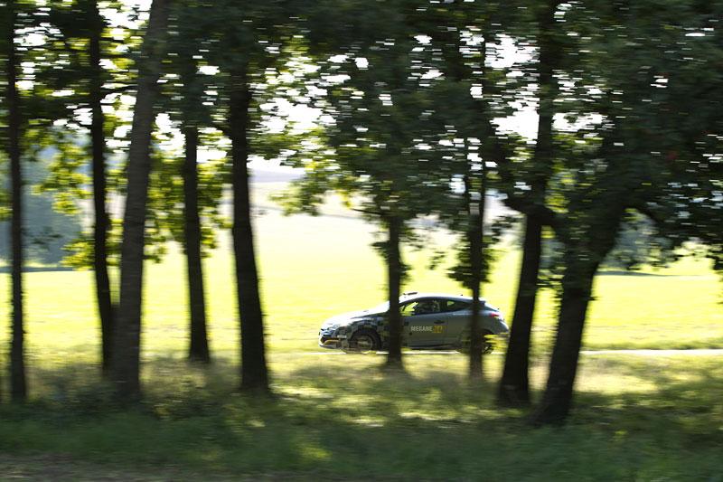 Renault představuje Megane RS v rallyové specifikaci N4: - fotka 42