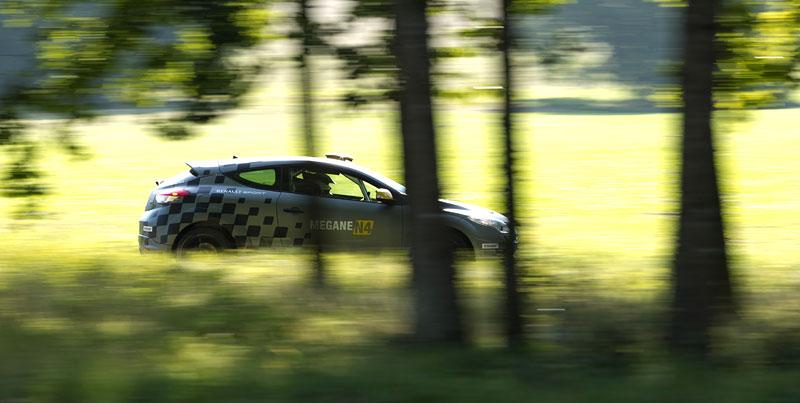 Renault představuje Megane RS v rallyové specifikaci N4: - fotka 50