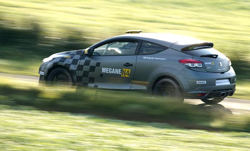 Renault představuje Megane RS v rallyové specifikaci N4: - fotka 57