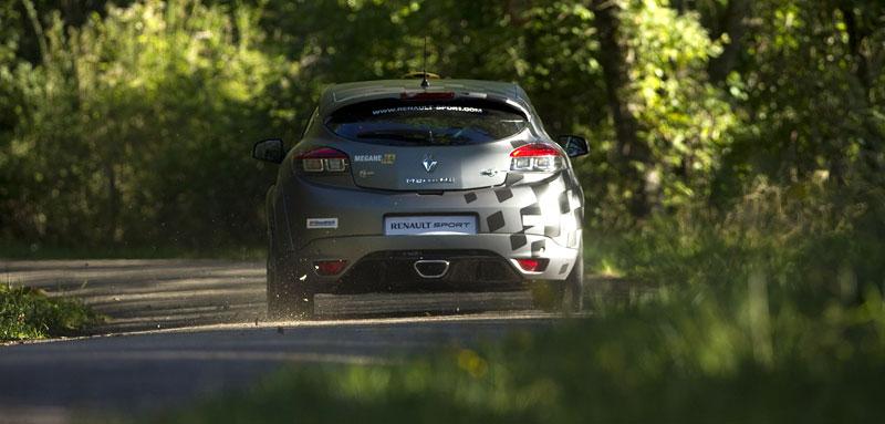 Renault představuje Megane RS v rallyové specifikaci N4: - fotka 61