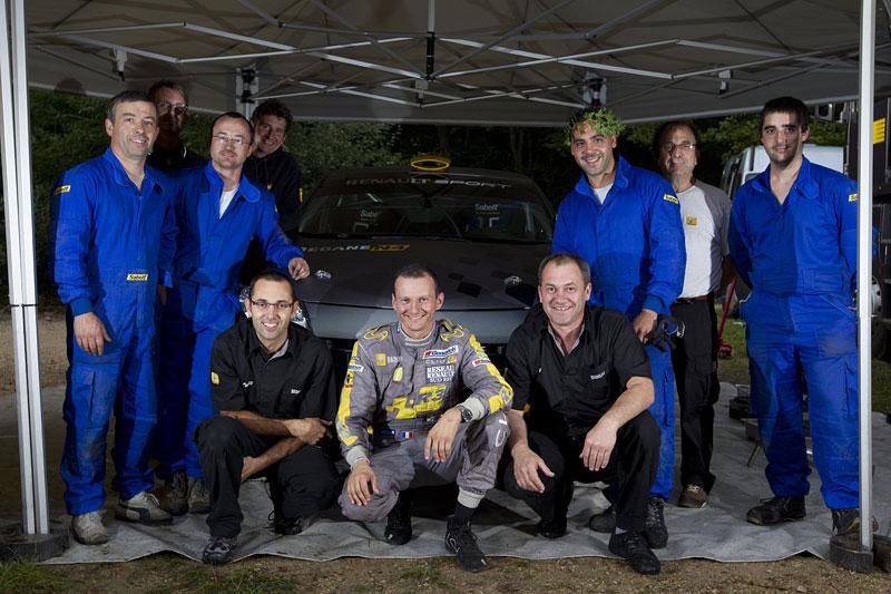 Renault představuje Megane RS v rallyové specifikaci N4: - fotka 95