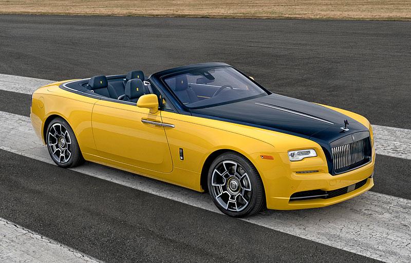 Rolls-Royce ukázal nejzajímavější zakázky loňského roku. Je mezi nimi i auto vzdávající poctu československým pilotům: - fotka 20