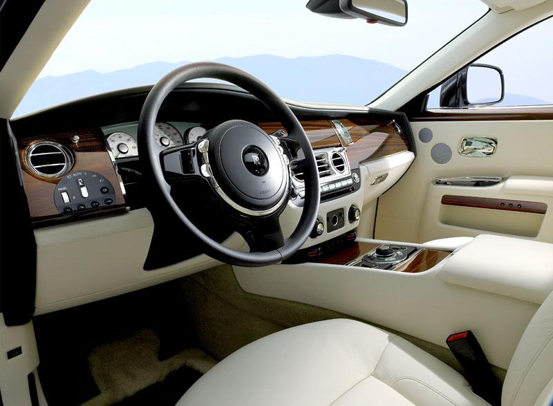 Rolls-Royce Ghost: konfigurátor pro iPhone a iPod Touch: - fotka 3