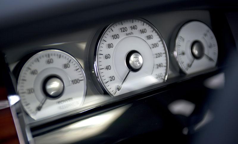 Rolls-Royce Ghost: konfigurátor pro iPhone a iPod Touch: - fotka 2