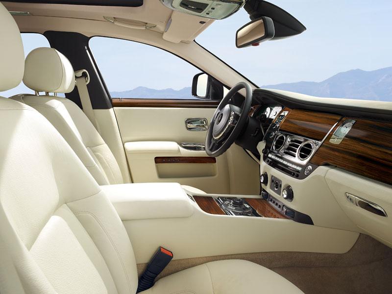 Rolls-Royce Ghost: konfigurátor pro iPhone a iPod Touch: - fotka 16