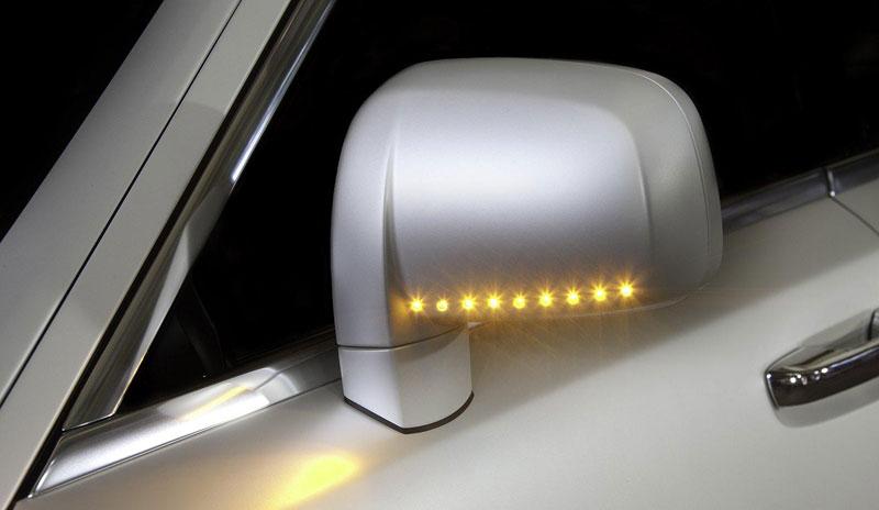 Mansory White Ghost Limited: nehledáte náhodou limuzínu?: - fotka 13