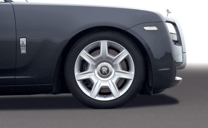 Rolls-Royce Ghost: konfigurátor pro iPhone a iPod Touch: - fotka 42