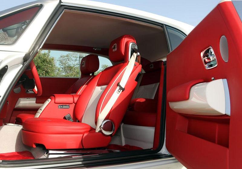Rolls-Royce Phantom: speciality pro Spojené arabské emiráty: - fotka 1
