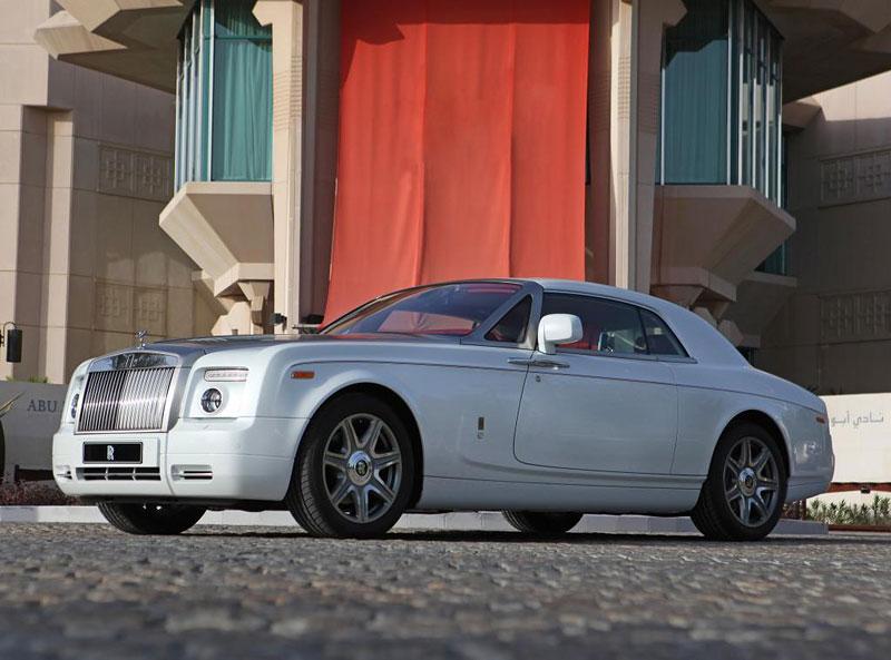 Rolls-Royce Phantom: speciality pro Spojené arabské emiráty: - fotka 10
