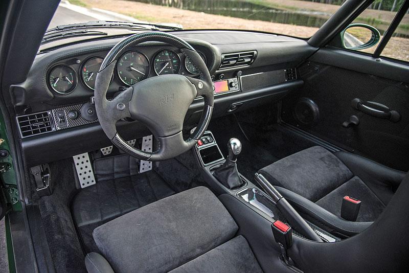Znáte RUF Turbo R? Je to moderní bestie s duchem 90. let. Vzniklo jen 7 exemplářů: - fotka 3