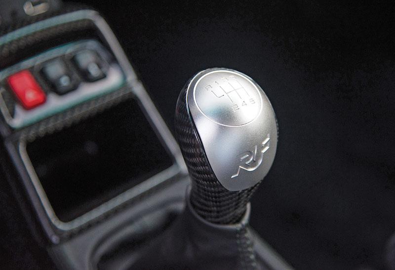 Znáte RUF Turbo R? Je to moderní bestie s duchem 90. let. Vzniklo jen 7 exemplářů: - fotka 7