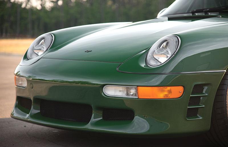 Znáte RUF Turbo R? Je to moderní bestie s duchem 90. let. Vzniklo jen 7 exemplářů: - fotka 25