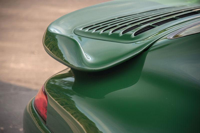 Znáte RUF Turbo R? Je to moderní bestie s duchem 90. let. Vzniklo jen 7 exemplářů: - fotka 28