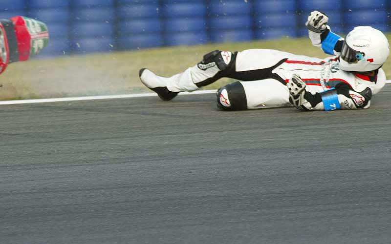M. Schumacher opět spadl z motorky: - fotka 3