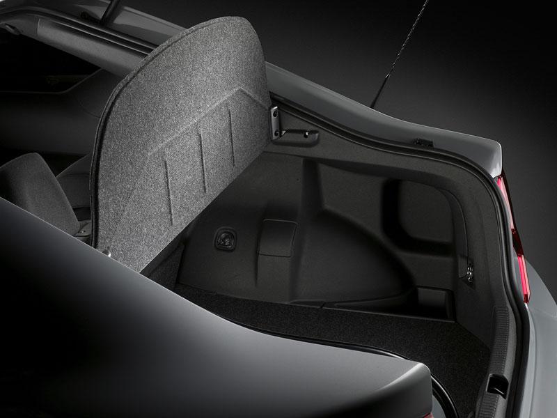 Scion tC Coupe: premiéra druhé generace v New Yorku: - fotka 27